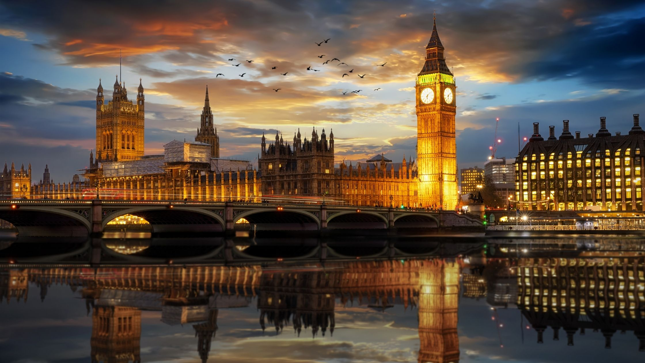 Living in the UK   Relocation Guide for Expats Moving to the UK